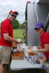 ULL-lunch-helpers1-t.jpg